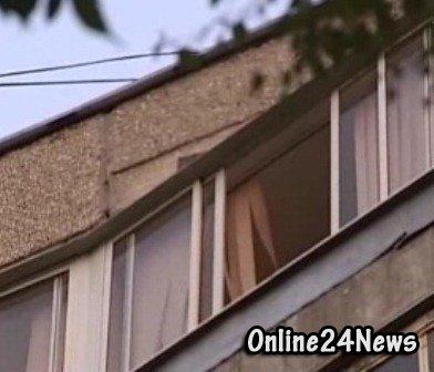 Отец сбросил дочь с 9 этажа