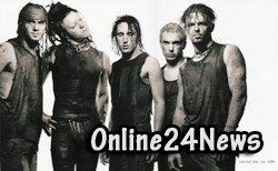 А команда Nine Inch Nails засветилась на мировой арене с альбомом Pretty Hate Machine 1989