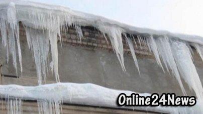 лед на крыше