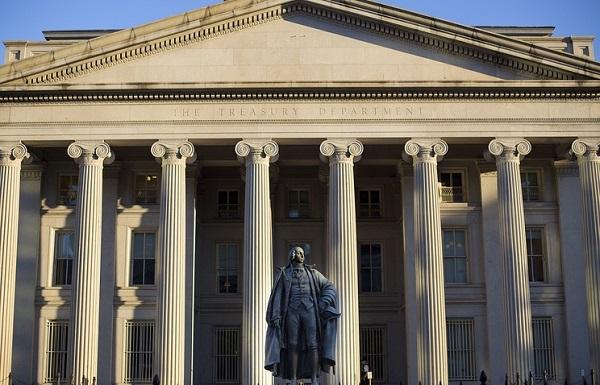Токсический Путин: американцев вынудили реализовать акции подпавших под санкции русских компаний
