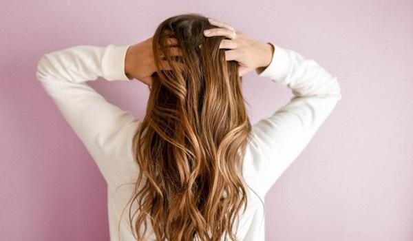 Лучшие ночные процедуры для поврежденных волос